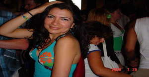 Pequenabrida 44 years old I am from Den Haag/Zuid-holland, Seeking Dating Friendship with Man