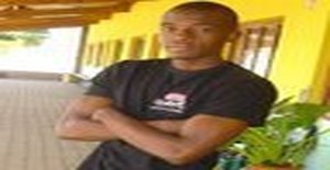 Chume 33 years old I am from Maputo/Maputo, Seeking Dating Friendship with Woman
