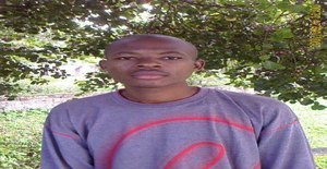 Eduardo1092 34 years old I am from Maputo/Maputo, Seeking Dating Friendship with Woman