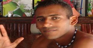 Dj_vanhelsing 35 years old I am from Holguín/Holguin, Seeking Dating Friendship with Woman