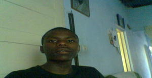 Prodigal 28 years old I am from Maputo/Maputo, Seeking Dating Friendship with Woman