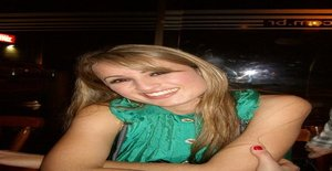 Josilook 33 years old I am from Florianópolis/Santa Catarina, Seeking Dating Friendship with Man