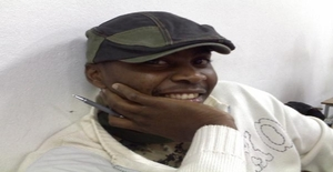 Dilio 39 years old I am from Maputo/Maputo, Seeking Dating Friendship with Woman