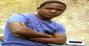 Anjo_voador 29 years old I am from Maputo/Maputo, Seeking Dating Friendship with Woman
