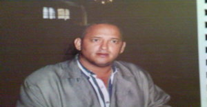 Freddh 52 years old I am from Puerto la Cruz/Anzoategui, Seeking Dating Friendship with Woman