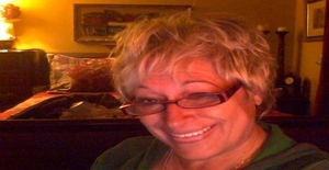 Lolaflor 63 years old I am from Surrey/British Columbia, Seeking Dating with Man
