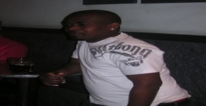 Medykareem 32 years old I am from Maputo/Maputo, Seeking Dating with Woman
