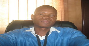 Chumenhelder 35 years old I am from Maputo/Maputo, Seeking Dating Marriage with Woman