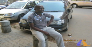 Netinho1977 41 years old I am from Maputo/Maputo, Seeking Dating Friendship with Woman