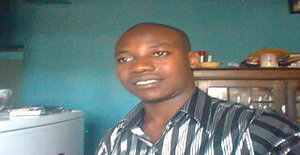 Chipanga_boy 30 years old I am from Beira/Sofala, Seeking Dating Friendship with Woman