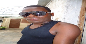 Gelsonsilvioaire 32 years old I am from Namibe/Namibe, Seeking Dating Friendship with Woman