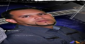 Reynaldo cruz 36 years old I am from Santo Domingo/Distrito Nacional, Seeking Dating Friendship with Woman