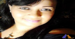 Julissa25 39 years old I am from Santiago/Santiago, Seeking Dating Friendship with Man