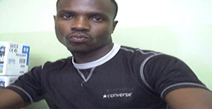 Stutas 39 years old I am from Maputo/Maputo, Seeking Dating Friendship with Woman