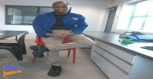 Piterj 29 years old I am from Maputo/Maputo, Seeking Dating Friendship with Woman