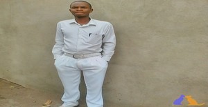 Ercilio Langa 28 years old I am from Matola/Maputo, Seeking Dating Friendship with Woman