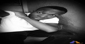Vuma Carlos 22 years old I am from Maputo/Maputo, Seeking Dating Friendship with Woman