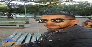 el muela35 35 years old I am from Ciudad de la Habana/La Habana, Seeking Dating Friendship with Woman
