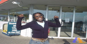 Simone005 36 years old I am from Maputo/Maputo, Seeking Dating Friendship with Man